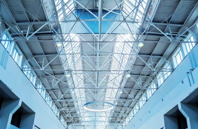 Download Fenêtre De Lucarne - Fond Architectural Image stock - Image du architectural, abstrait: 77151069