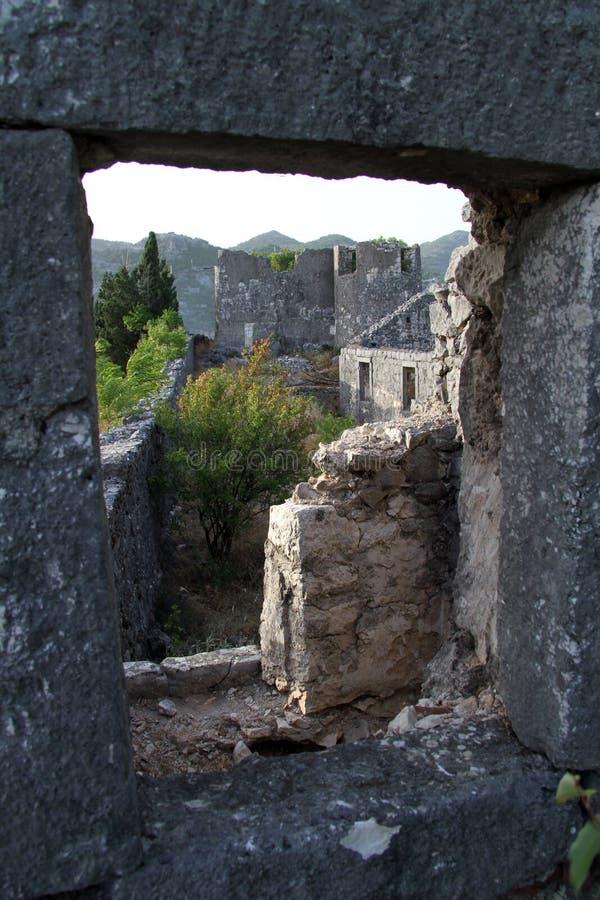 Fenêtre et forteresse photos libres de droits