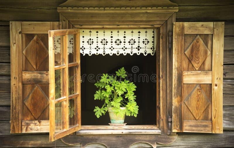 Fenêtre ouverte photographie stock libre de droits