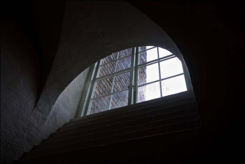 Fenêtre semi-circulaire graphique de la vieille maison photographie stock