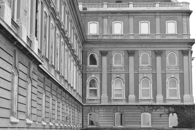 Fenêtres de château de Buda photo libre de droits