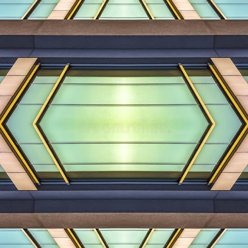 Fenêtres extérieures brillantes de place d'un immeuble de bureaux illustration de vecteur