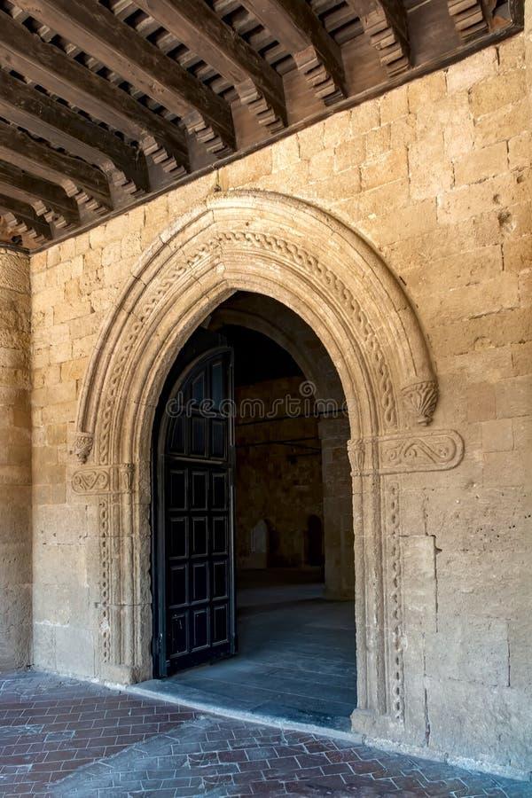 Fenêtres, portes, éléments et décorations de maisons et de bâtiments images stock