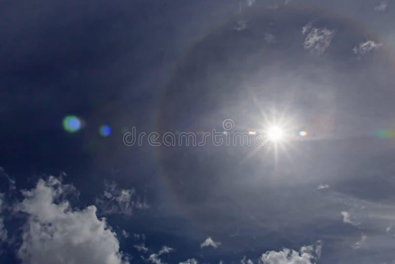 Fenômenos do halo de Sun fotos de stock