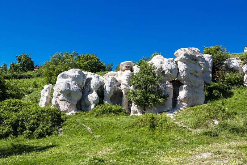 Fen?meno natural o casamento de pedra, Zimzelen, Bulg?ria imagens de stock