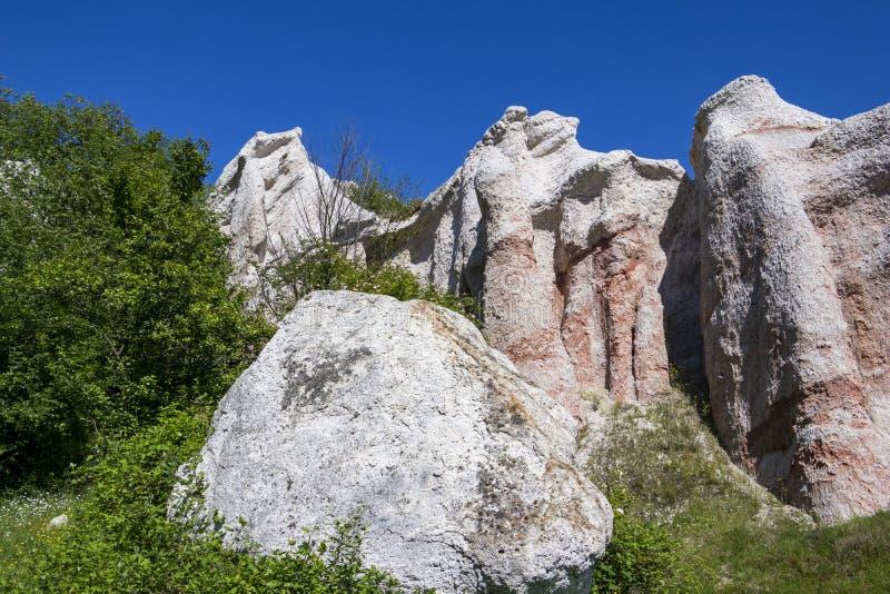 Fen?meno natural o casamento de pedra, Zimzelen, Bulg?ria fotografia de stock