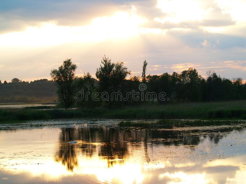 Fenomenale zonsondergang stock fotografie