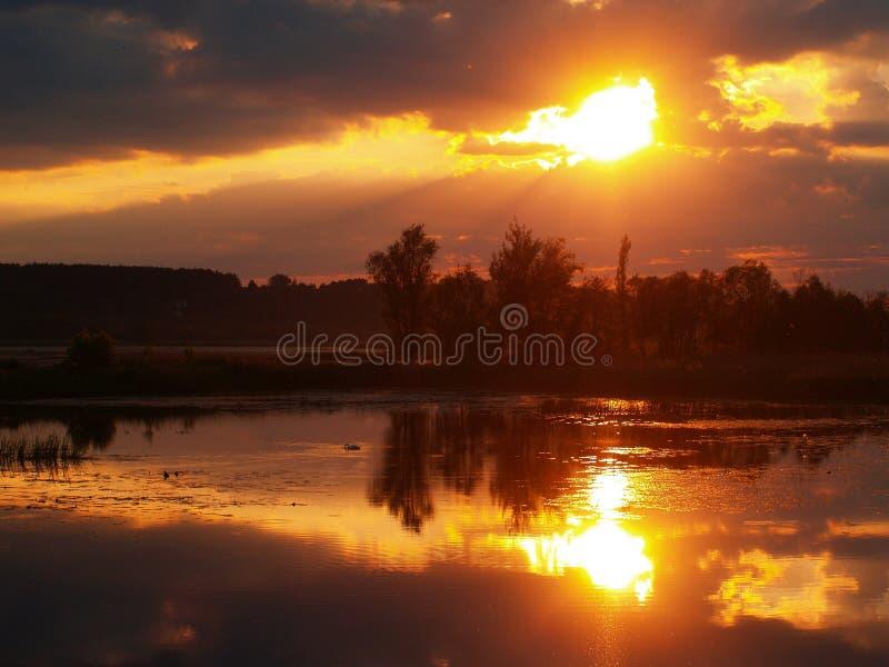 Fenomenale zonsondergang stock foto's