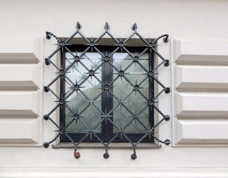 Fenster, abgehalten lizenzfreies stockbild