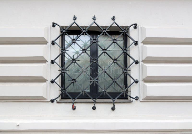 Fenster, abgehalten lizenzfreie stockbilder