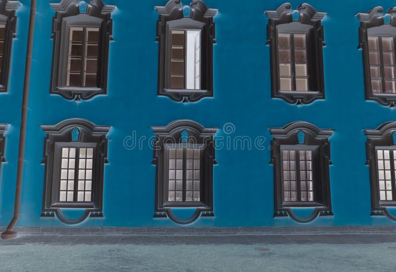 Fenster eines alten Geb?udes stockfoto