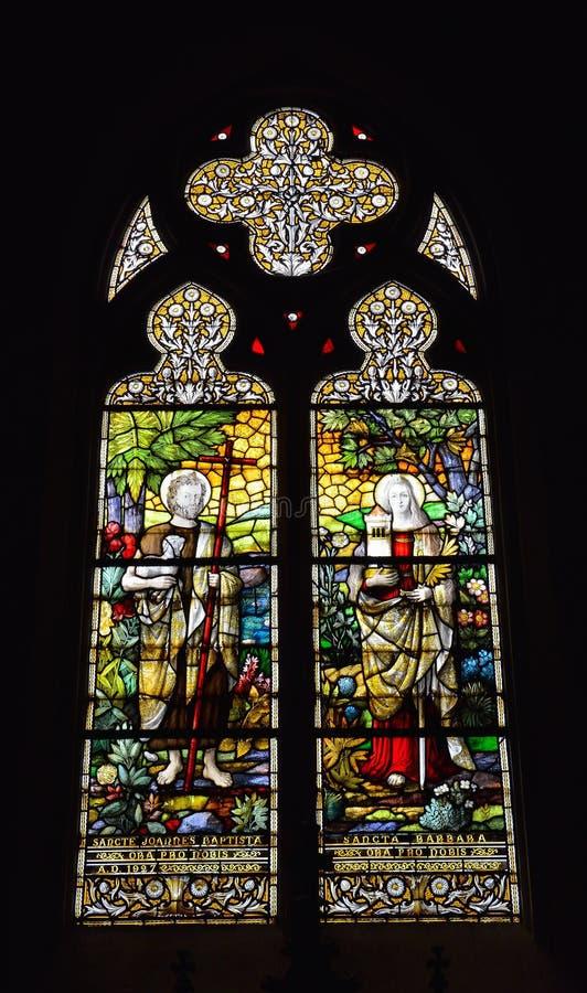 Fenster im Heiligen Barbara Church in Brüssel stockfotografie