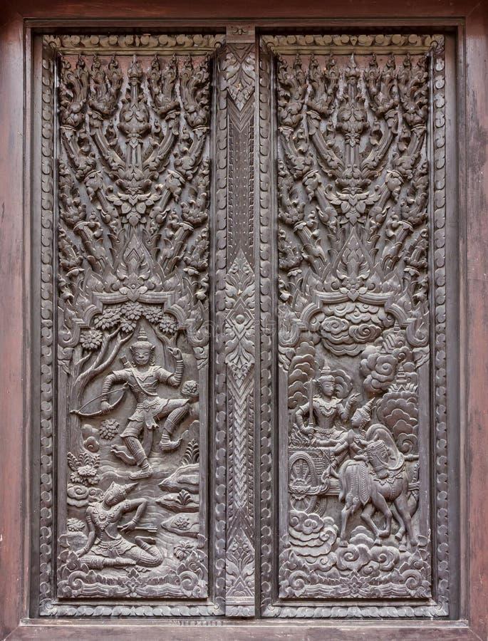 Fenster Woodcarving im Tempel stockbild