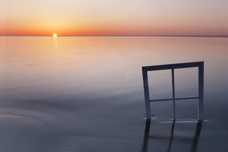 Fenster zum See stockfotografie
