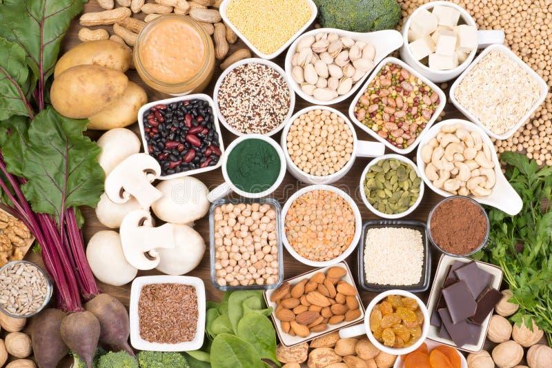 Fer dans le régime de vegan Sources de nourriture de fer de vegan photographie stock