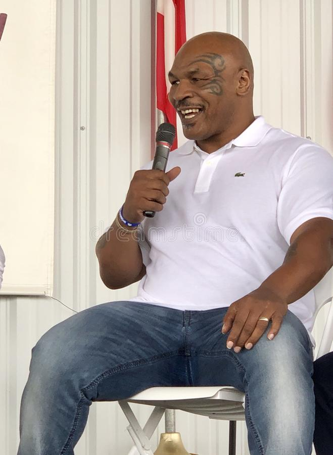 Fer Mike Tyson, champion de boxe image stock