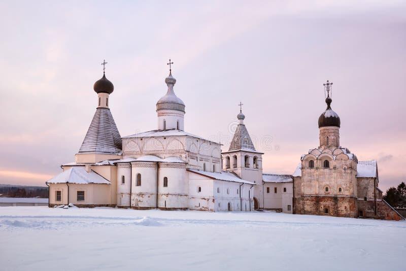 Ferapontov-Kloster bei Sonnenaufgang lizenzfreies stockbild