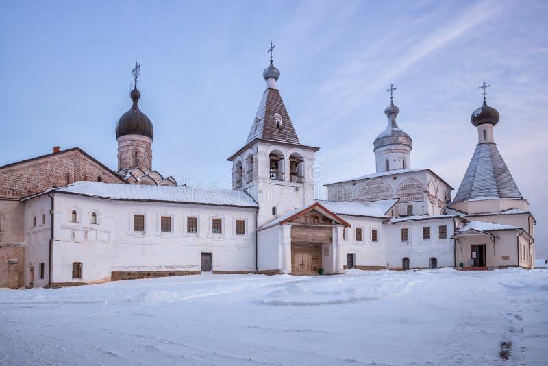 Ferapontov-Kloster im Winter lizenzfreie stockbilder
