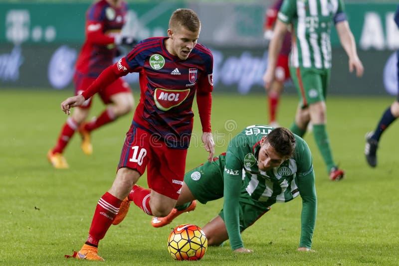 Ferencvaros - ουγγρικός αγώνας ποδοσφαίρου προημιτελικού φλυτζανιών Videoton στοκ εικόνα με δικαίωμα ελεύθερης χρήσης