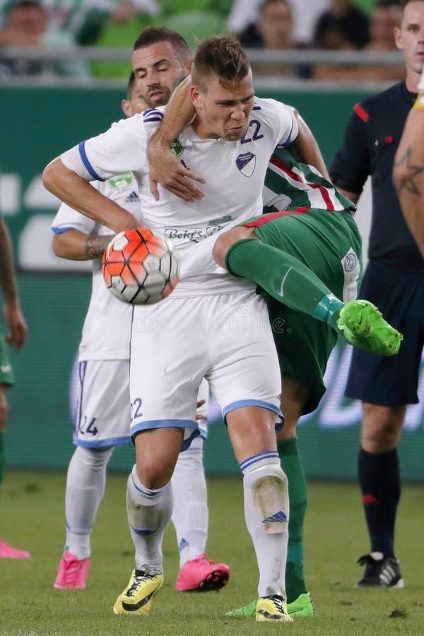 Ferencvaros contra Partido de fútbol de la liga del banco de Bekescsaba OTP imagen de archivo