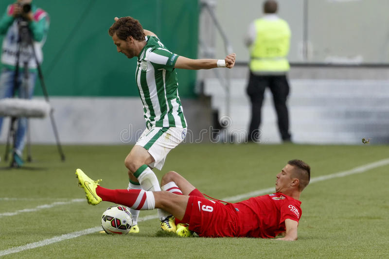 Ferencvaros contre Match de football de ligue de banque de Dunaujvaros OTP photos libres de droits