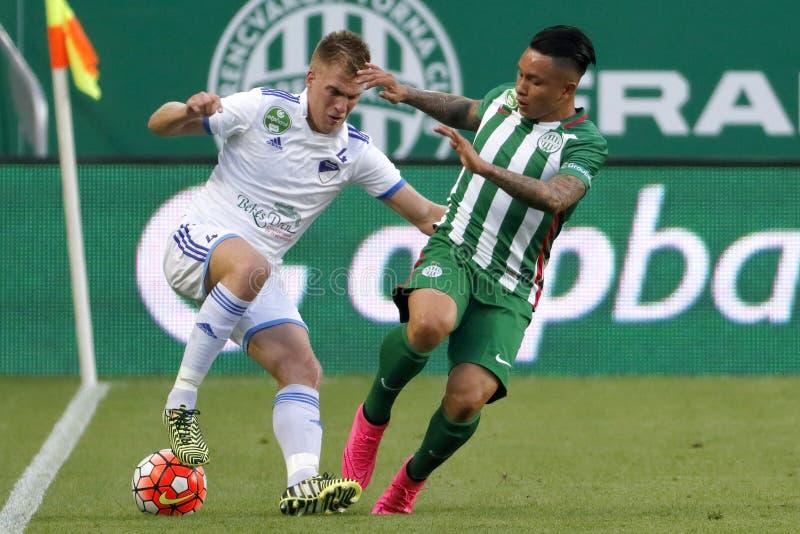Ferencvaros vs Fotbollsmatch för Bekescsaba OTP bankliga arkivbild