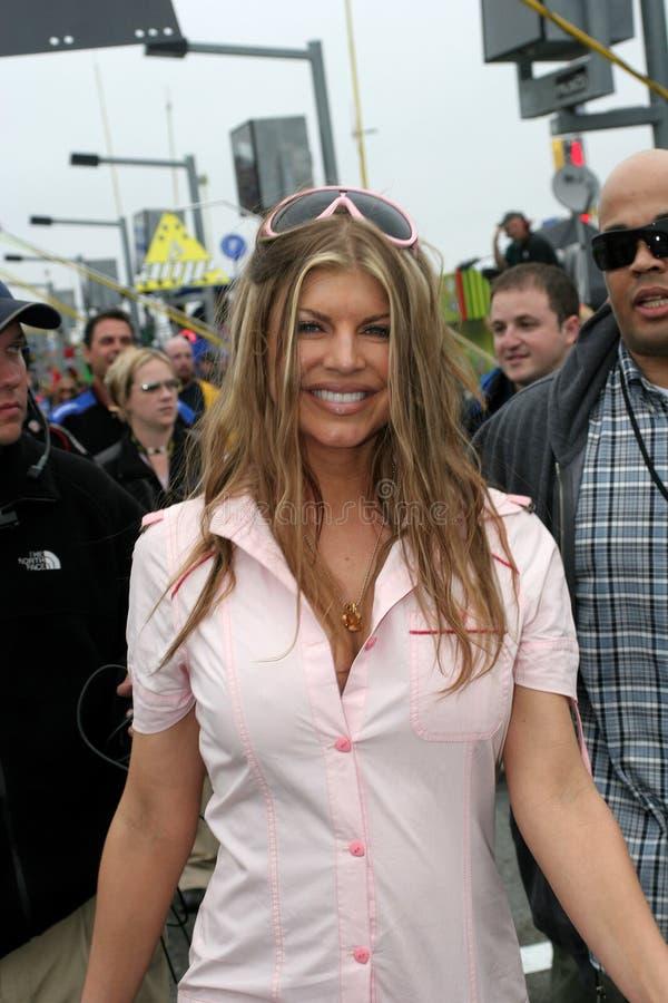 Fergie присутствует на NASCAR Daytona 500 стоковые изображения rf