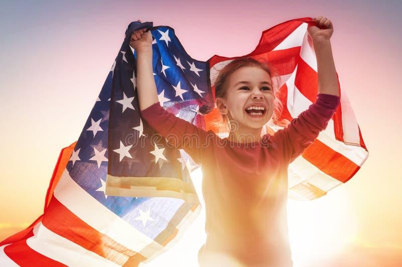 Feriado patriótico e criança feliz imagens de stock