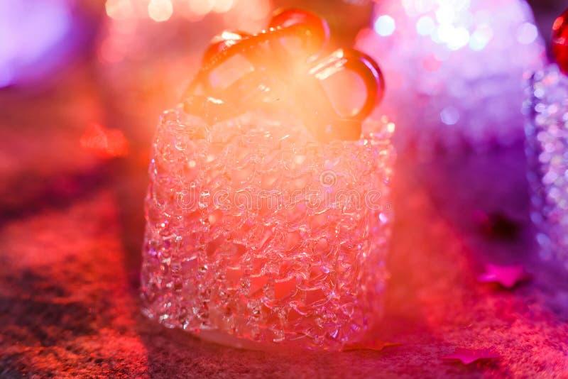 feriekort, julatmosfär, rött panelljus royaltyfria foton