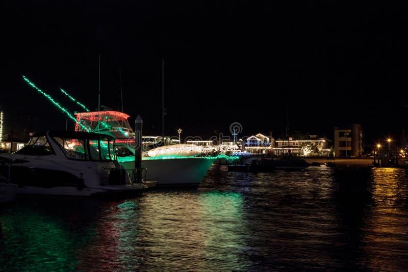 Ferieljus på Balboaöhamnen fotografering för bildbyråer