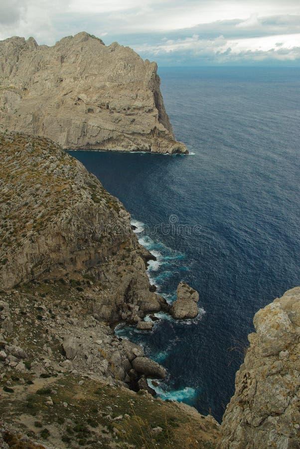 Ferien bei Spanien: Beautyful felsige Landschaft lizenzfreie stockfotos