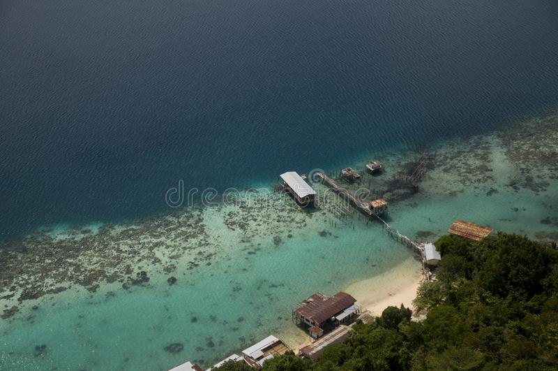 Ferier till Bohey Dulang Sabah Malaysia royaltyfria foton