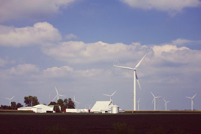 Ferme d'énergie de turbines de vent Indiana photos stock