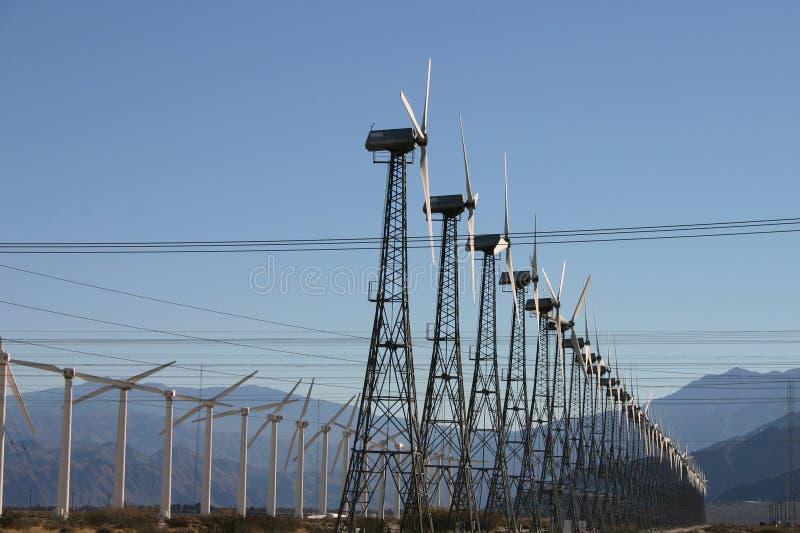 Ferme de l'électricité de moulin de vent image libre de droits