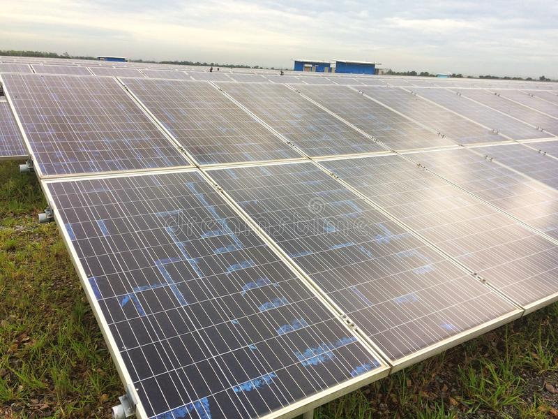 Ferme de pile solaire photo stock