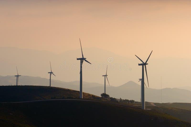 Ferme de turbine de vent photos libres de droits