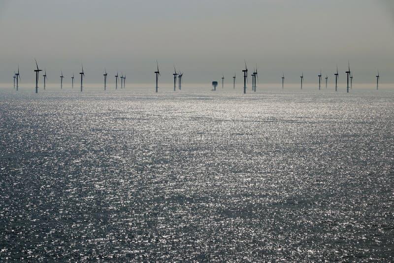 Ferme de vent de reflux en mer photos libres de droits