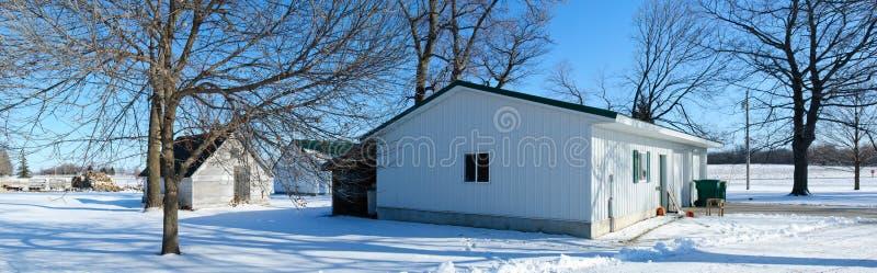 Ferme jetée en hiver photos libres de droits