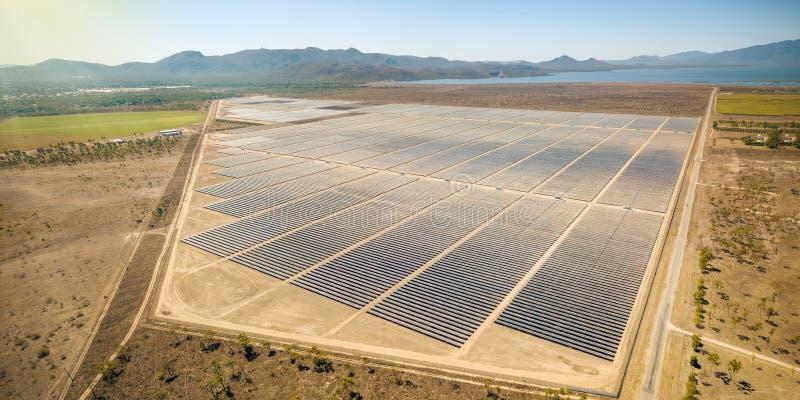 Ferme solaire à Townsville Queensland image stock