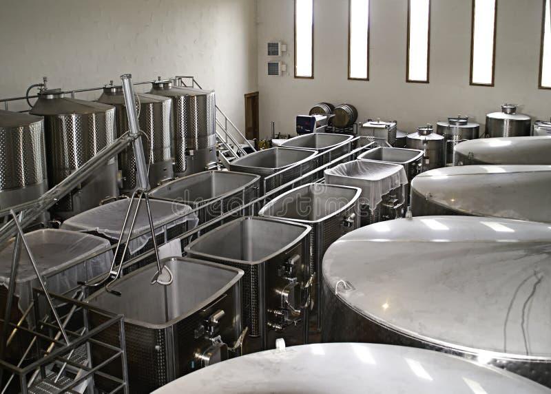 fermentuje napa zbiorników wytwórnia win zdjęcia stock