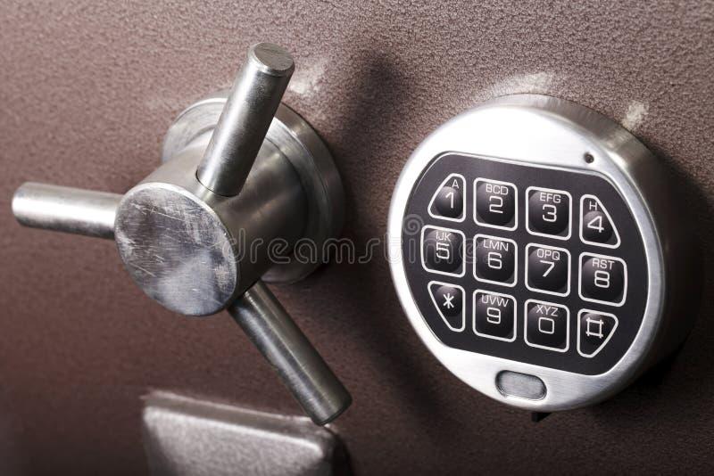 Fermez à clef, coffre-fort, banque, protection, sécurité image stock
