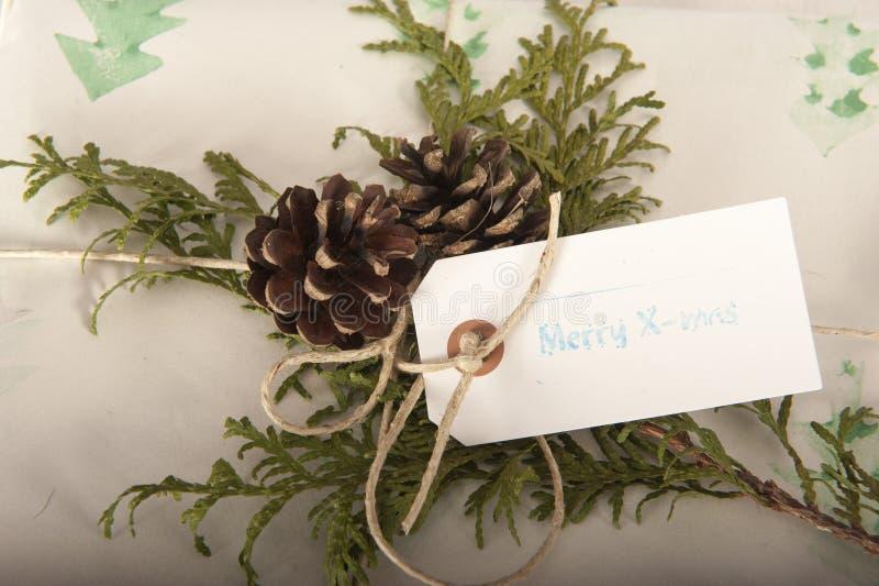 Fermez le cadeau de Noël Vintage image libre de droits