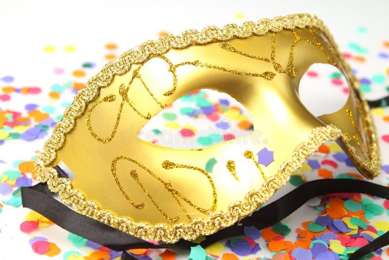 Fermez-vous d'un masque de carnaval image stock