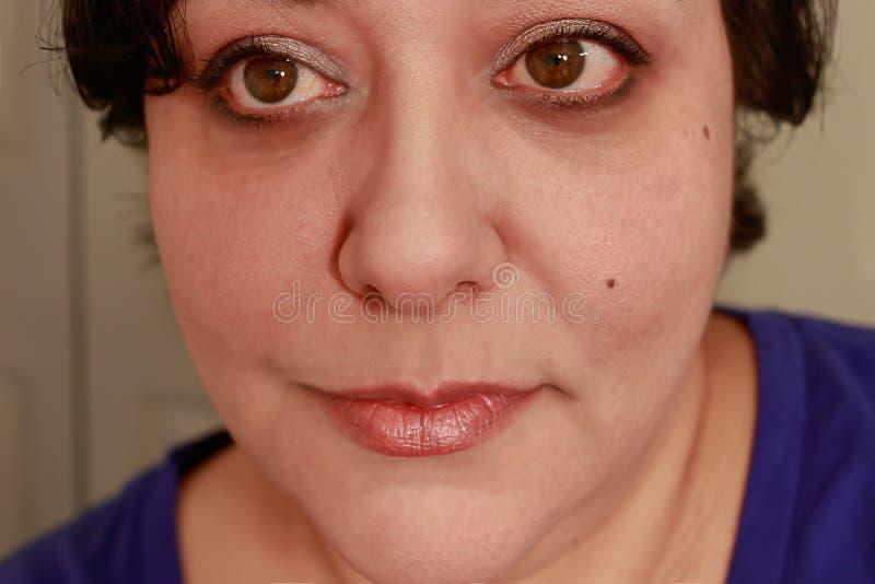 Fermez-vous de la femme multiraciale photographie stock