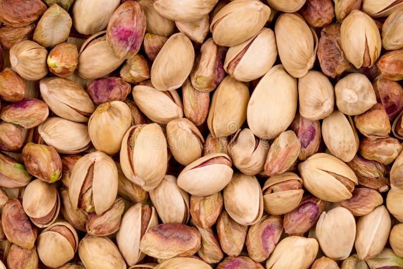 Fermez-vous des pistaches fraîches photographie stock