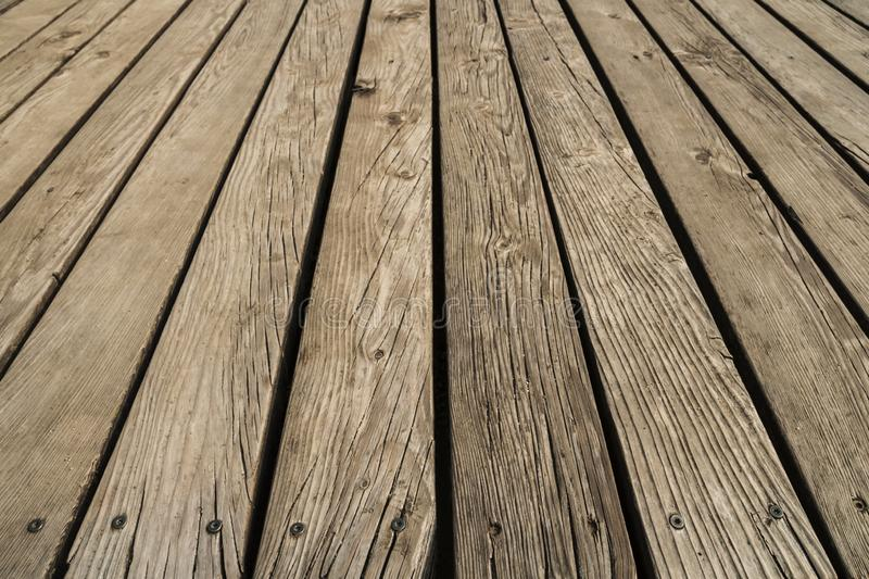 Fermez-vous du decking compos? Fond en bois de planches Mur de bois dur de bois de construction Foyer s?lectif photo stock