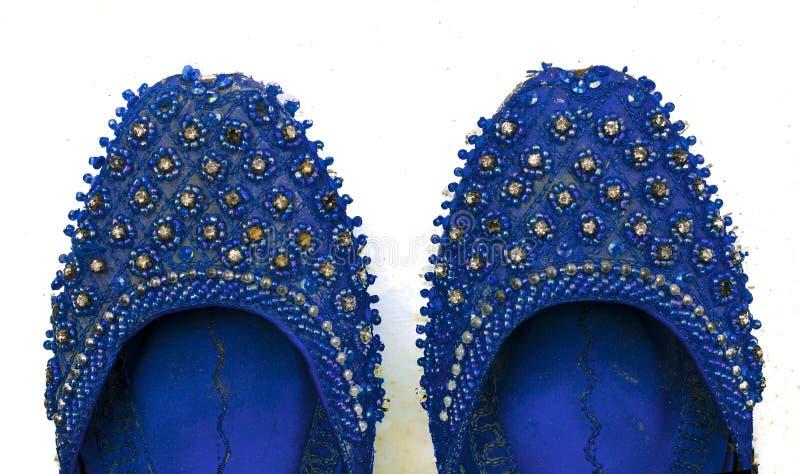 Fermez-vous du khussa indien et pakistanais, épousant des chaussures photographie stock libre de droits