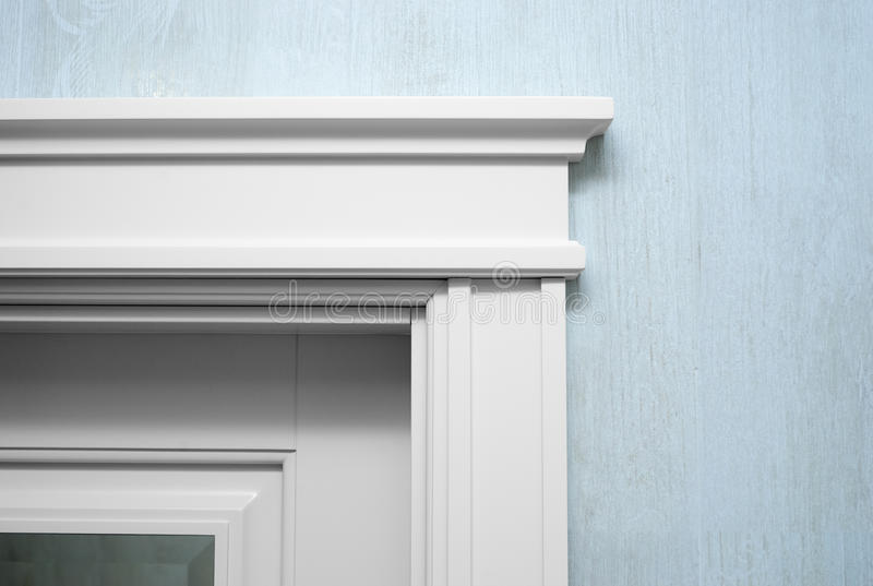 Fermez-vous vers le haut d'un élément du door& x27 ; bâti de s photo stock