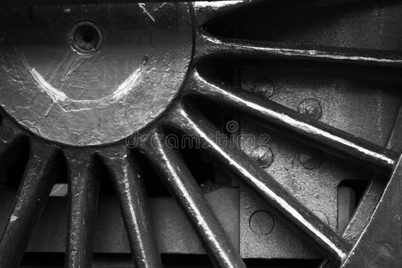 Fermez-vous vers le haut de la roue de la machine à vapeur photographie stock
