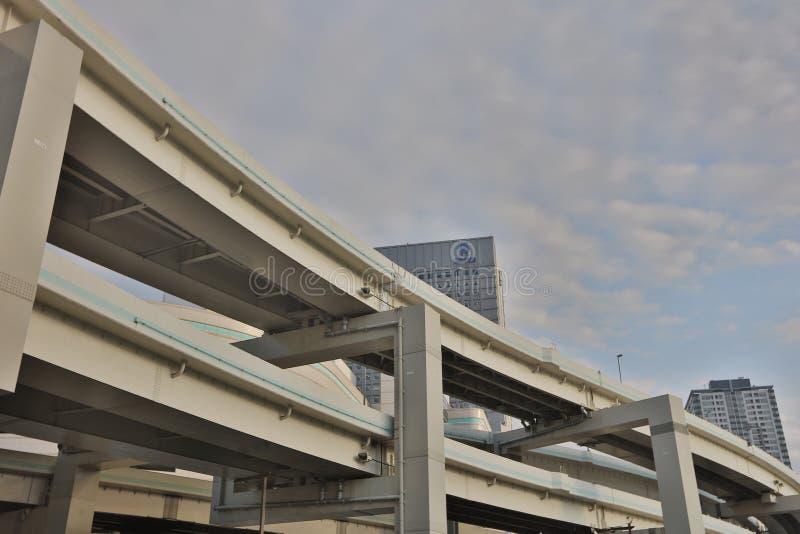 Fermez-vous vers le haut de la route recouverte à Yokohama photo libre de droits
